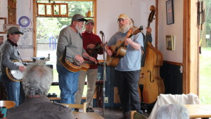 Denman Guesthouse Music night